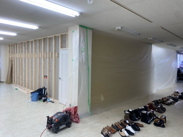 工事中 間仕切壁新設